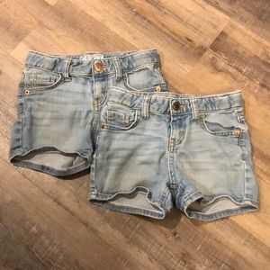 2 pair of cat and jack girls shorts size (6/6x)